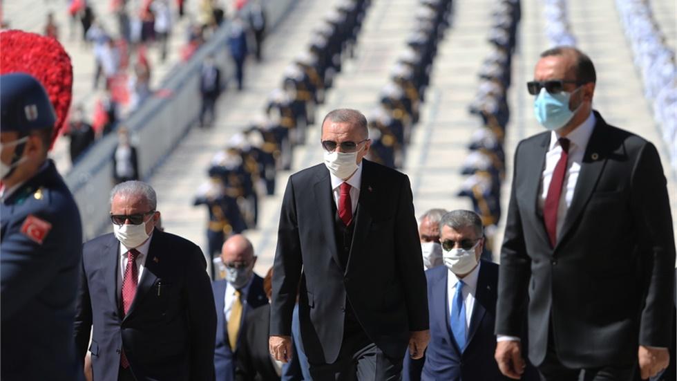 Η ισοτιμία της τουρκικής λίρας κοντά στο ιστορικό χαμηλό ρεκόρ...