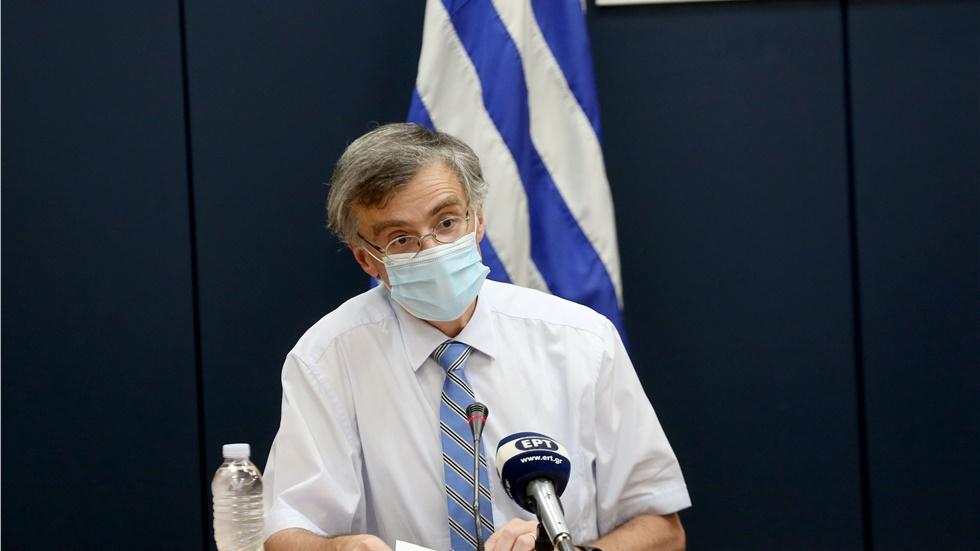 Σ.Τσιόδρας: Είμαι αισιόδοξος για το εμβόλιο - Τα μέτρα στα σχολεία...
