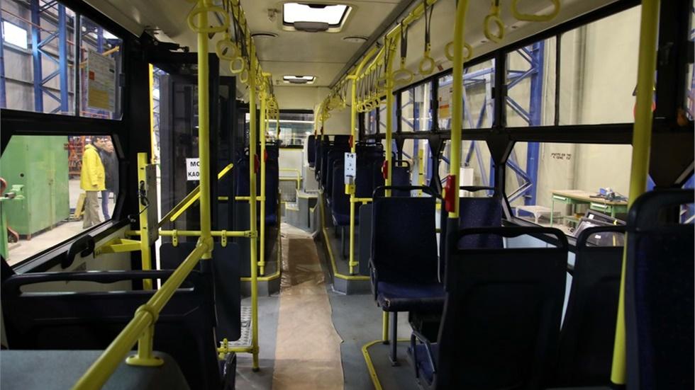 Θεσσαλονίκη: Αφίσες στα λεωφορεία για τα μέτρα προστασίας από τον κορωνοϊό