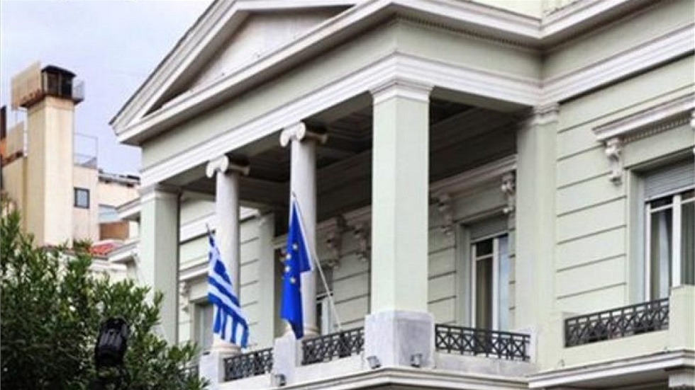 Μπαράζ διπλωματικών πρωτοβουλιών της Ελλάδας για την καταγγελία...
