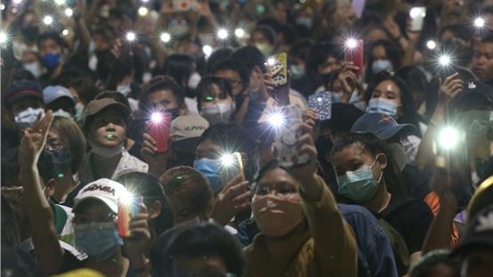 Ταϊλάνδη: Οι αρχές ανέστειλαν τη λειτουργία τηλεοπτικού δικτύου...