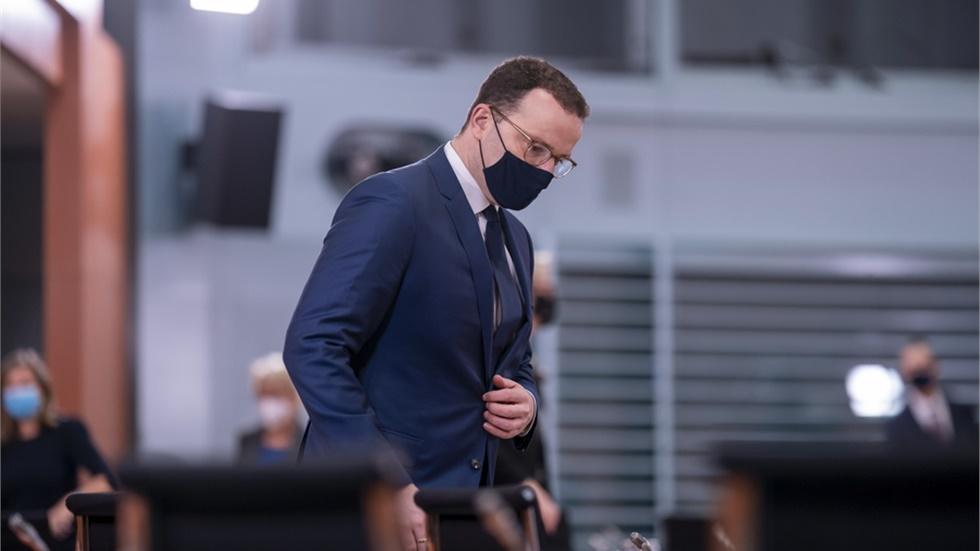 Γερμανία: Θετικός στον κορονοϊό ο Υπ. Υγείας Γενς Σπαν