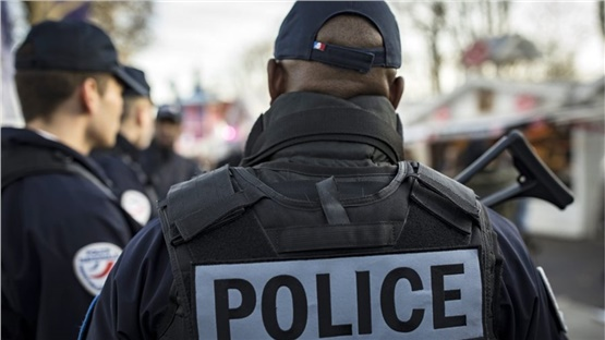 Συναγερμός στη Λιόν: Αστυνομική επιχείρηση σε εξέλιξη στον σιδηροδρομικό...