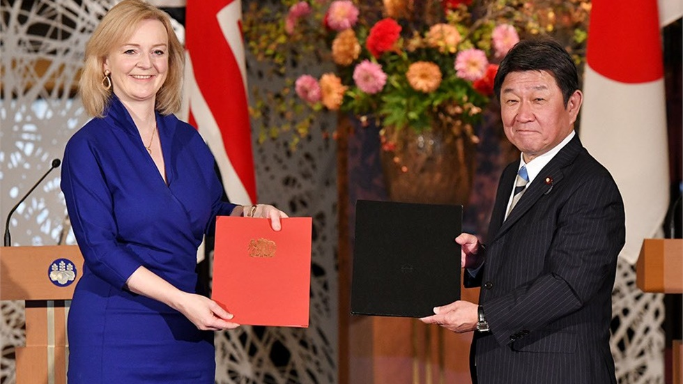UK and Japan sign free trade agreement