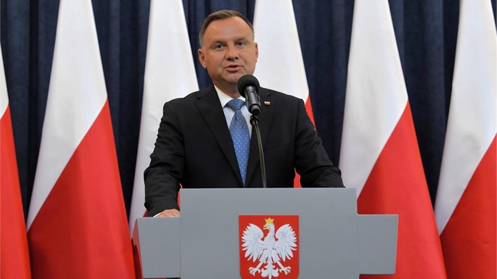 Πολωνία: Ο πρόεδρος Ντούντα προσβλήθηκε από covid-19, αλλά νιώθει καλά