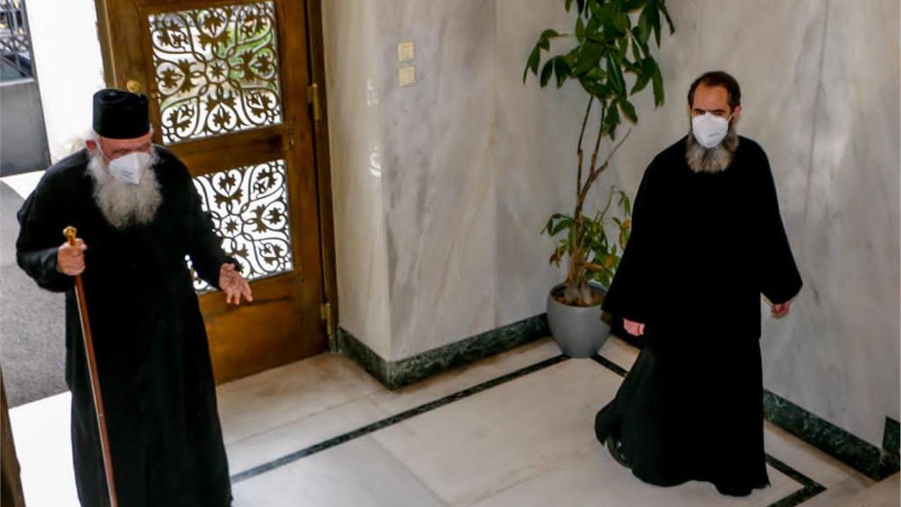 Αρχιεπίσκοπος Ιερώνυμος: «Θα υπερνικήσουμε τον εχθρό με τη βοήθεια...