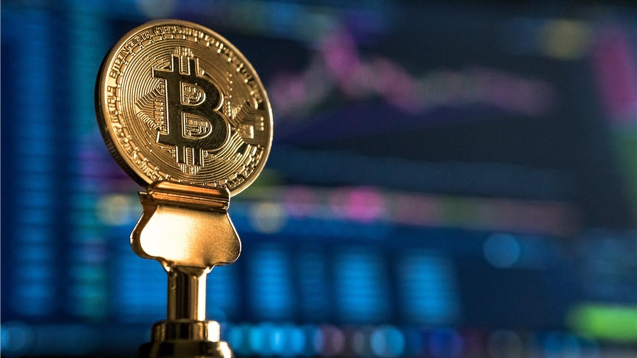 Bitcoin: Γιατί αυξάνεται ραγδαία η ζήτηση για το κρυπτονόμισμα; Πάνω από τα 23.000 δολάρια εκτινάχθηκε η τιμή του