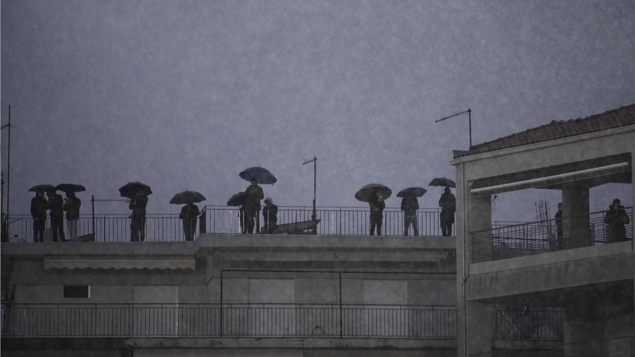 Ιωάννινα: Προβλήματα από τις έντονες βροχοπτώσεις - Ανεμοστρόβιλος έπληξε την ορεινή Άρτα