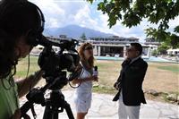 Η Μάρνη με τον διευθυντή του Dion Palace Resort Beauty & Spa.
