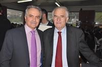 Ο καθηγητής καρδιολογίας και πρώην πρόεδρος της Παμποντιακής Ομοσπονδίας Ελλάδος κος Γιώργος Παρχαρίδης με τον πρόεδρο του συλλόγου Ποντίων Λακκώματος Χαλκιδικής κο Λεωνίδα Σαρβανίδη.
