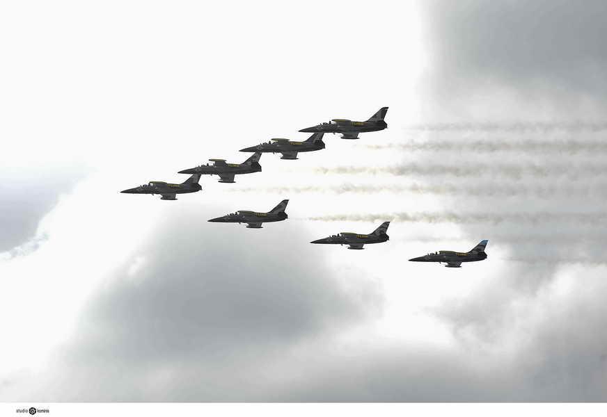 Η επίδειξη - Αεροπορική Επίδειξη από τους